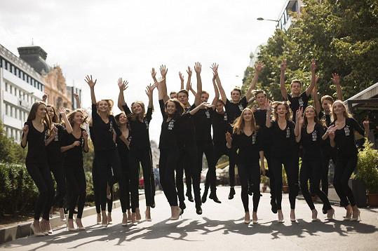 Na soustředění finalisté prošli fittingy, nácviky chůze, choreografií, hereckým kurzem, ukázkou cvičeni a dočkali se i informací o modelingu.