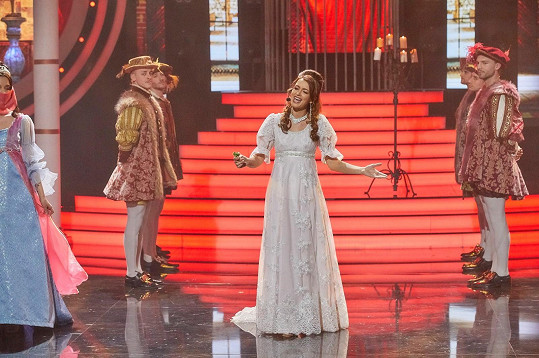 S písní Tři oříšky dojala porotu i sebe.