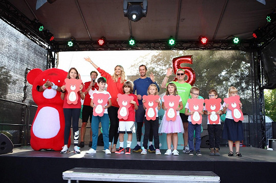 Pátý ročník desetidenního happeningu Teribear hýbe Prahou překonal všechny rekordy z let minulých, a to jak v počtu účastníků, zdolaných kilometrů tak i vybranou částkou.