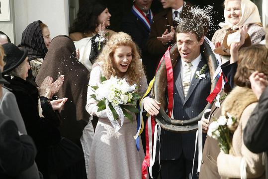 Andrea Růžičková, dříve Kerestešová a Roman Vojtek v seriálu Vyprávěj.
