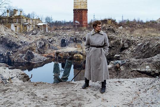 Petr Buchta hraje hlavní roli v lotyšském filmu Rok před válkou.