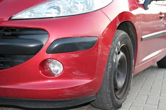 Auto, které měl při couvání poškodit Jan Kraus.