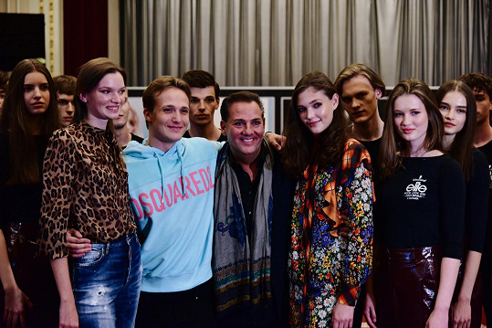 Eva Klímková, Martin Carev, Saša Jány a Jana Tvrdíková představili finalisty soutěže Schwarzkopf Elite Model Look 2021.