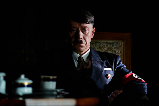 Zahrál si ale i Adolfa Hitlera. Konkrétně ve snímku Lída Baarová