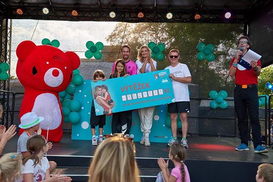 Více než 9,6 miliónu korun pomůže dětem.