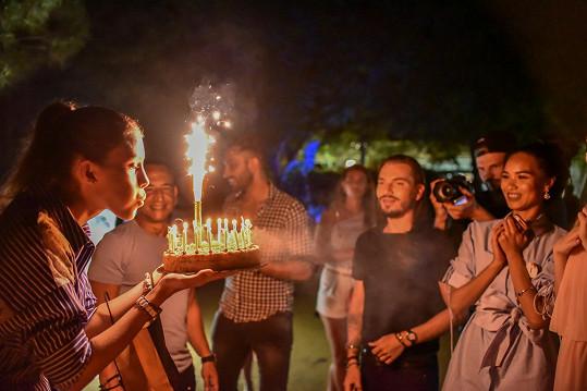 V Itálii na soustředění Miss Face oslavila 18. narozeniny.
