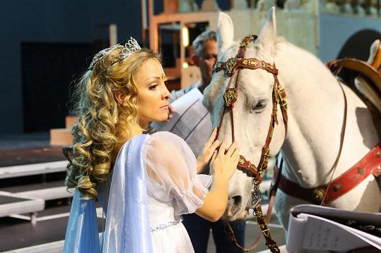 V muzikálu se na jevišti objeví živý kůň Jurášek.