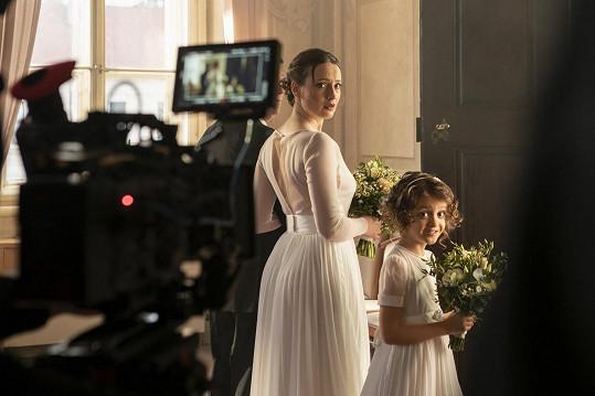 Herečku na place okouzlil talent dcerky Martina Kavana alias pošťáka Ondry.