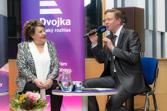 Jiřina Bohdalová a Aleš Cibulka v pořadu Tobogan. Cibulka doufá, že sobotní díl bude opět moderovat.