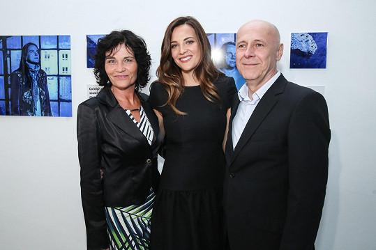 Katka s maminkou Vladimírou a tatínkem Janem