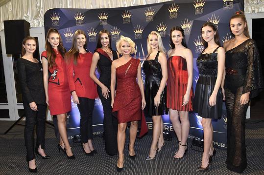 Tu předváděly i finalistky Miss Czech Republic.