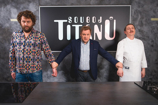 Show Souboj titánů provází Václav Kopta.