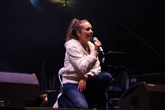 Lucie Vondráčková se po dlouhé době ukázala na koncertním pódiu.