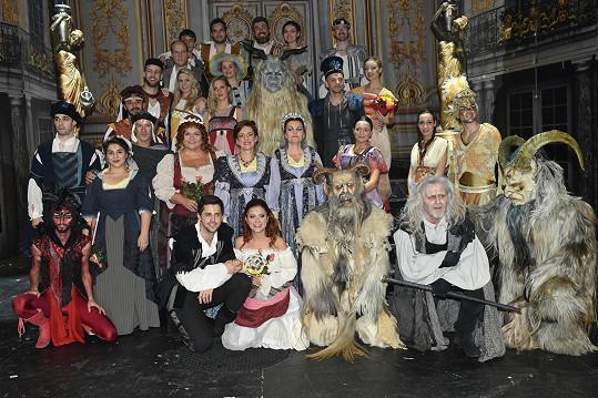 Představení Mefisto oslavilo v Divadle Hybernia už 100. reprízu.