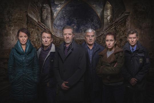 V třetí řadě Labyrintu si nově vyšetřovatele zahrají Denisa Nesvačilová a Petr Stach.