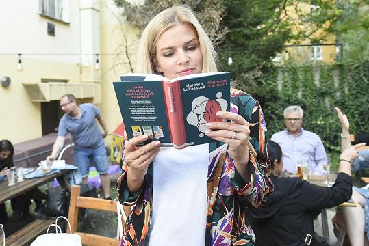 Ta křtila svoji pátou knihu Majonéza k snídani.