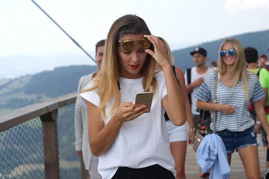 Bez mobilu a sociálních sítí ani ránu