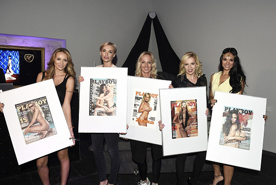 Zuza s Hankou Mašlíkovou, Kateřinou Kristelovou, Gabrielou Bártovou a Martinou Gavriely v minulosti pózovaly nahé pro pánský časopis.