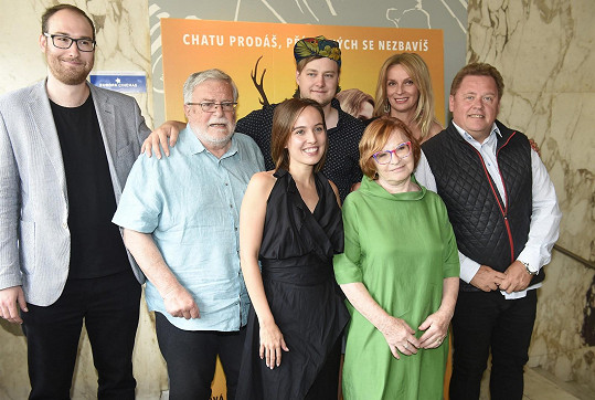 Tereza představila s kolegy film Chata na prodej.