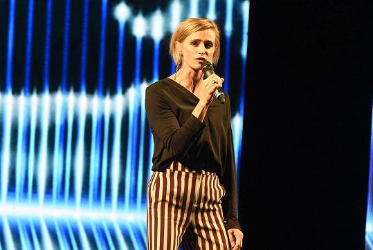 Ivana vystupovala na finále soutěže Batist Nej sestřička v Náchodě.