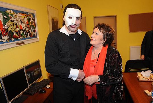 Jak vypadá zblízka jeho představitel Marian Vojtko, si prohlédla o pauze.