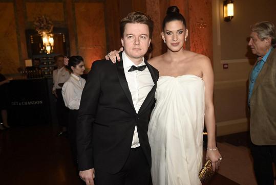 Aneta s partnerem Petrem pár týdnů před porodem