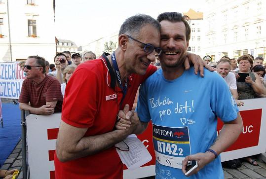 Se zakladatelem Pražského maratónu Carlem Capalbem