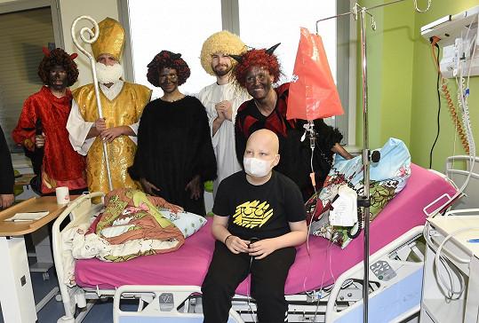 Navštívili onkologicky nemocné děti.