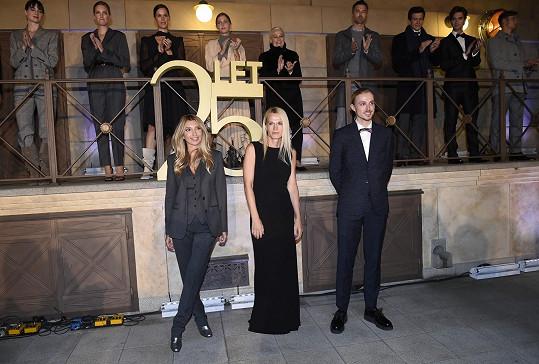 V rámci oslavy 25. narozenin značky Pietro Filipi proběhla i módni přehlídka s Ivaninými modely.
