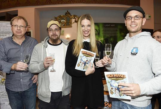 V Divadle Ta Fantastika křtila modelka Pavlína Němcová komiks Jack Russel, zachránce planety.