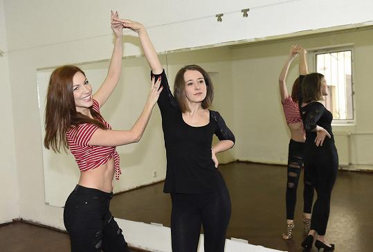 Herečka trénovala s profesionálkou.