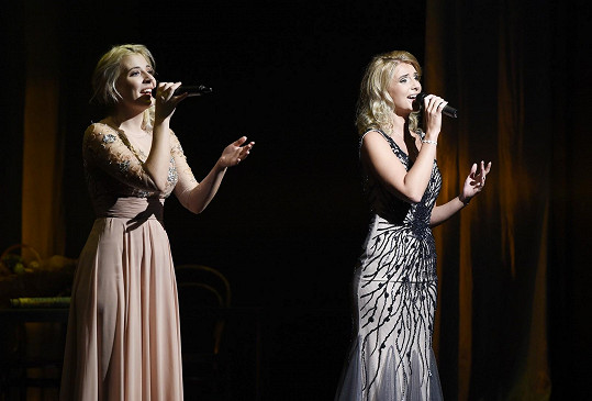 Zpívala i na show Horečka úterní noci pro nadaci Veroniky Kašákové.