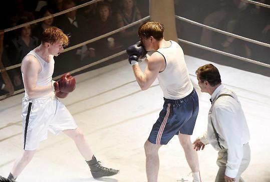 V ringu si herci kvůli vysokým teplotám zažili svoje.