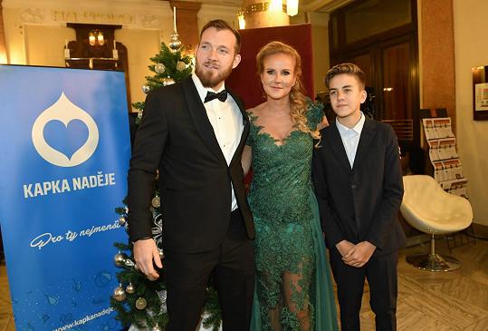 s manželem a synem na akci Kapky naděje