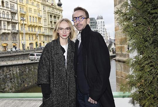 Internetová televize Stream brzy představí seriál v hlavních rolích s Janou Plodkovou coby majitelkou castingové agentury a jejím asistentem v podání Jakuba Žáčka.