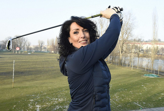 Kromě golfu se věnuje i dalším druhům pohybu.