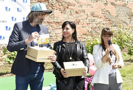 V Podolí rodila i Andrea Kalivodová a partnerka Jakuba Koháka, kteří akci přišli podpořit.