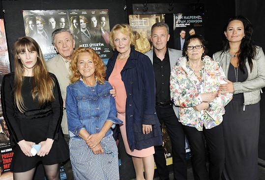 S Kubišovou a jejími kolegy jsme se setkali během zahájení letní scény Divadla Ungelt.
