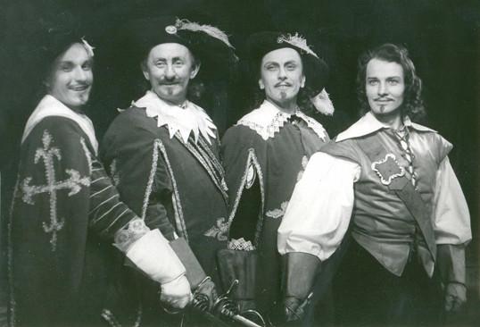 V roce 1953 hrál Burian v karlínském divadle Porthose v Nezvalově veršované úpravě Dumasových Třech mušketýrů.
