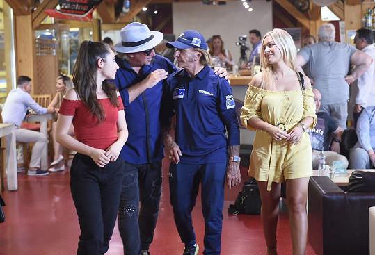 V den, kdy točila i s legendou F1 Emersonem Fittipaldim.