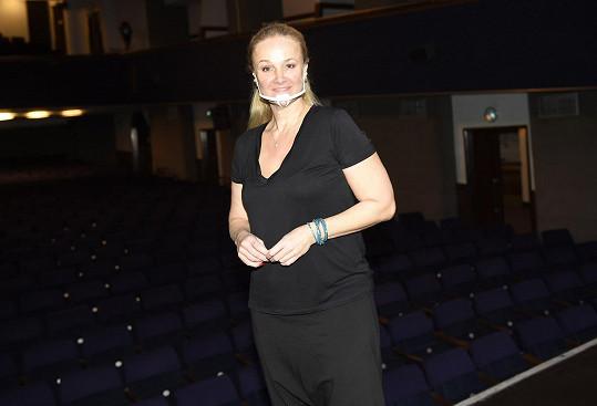 Linda Finková naposledy hrála v září, do divadla se těšila.