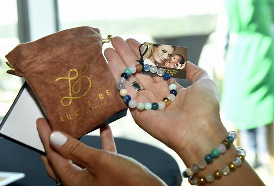 Lucie podporuje svůj charitativní projekt Lucky Be.