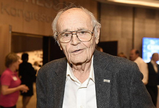 Václav Vorlíček zemřel ve věku 88 let.
