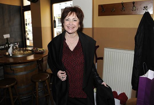 Ilona si ve CVRKu vybrala sáčko a kalhoty.