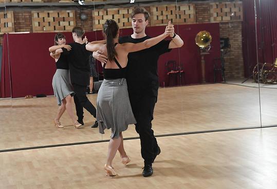 Herečka prý chodila do tanečních, s tancem ve StarDance se to ale srovnat nedá.