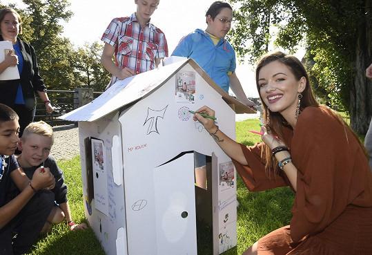 Jitka se už podruhé stala ambasadorkou projektu zajišťujícího pomoc dětem z azylových domů.