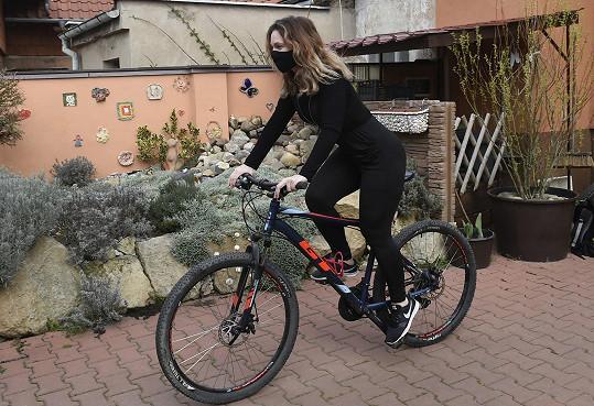 Čas si teď najde i na kolo...