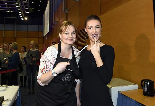 Makarenko s jednou ze slavných soutěžících Kamilou Špráchalovou