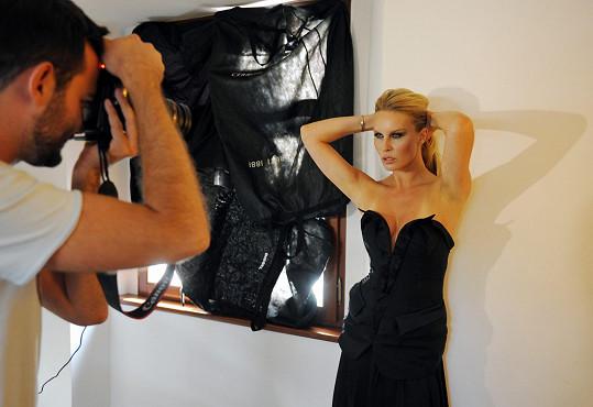 Simona opět spojila síly s fotografem Lukášem Kimličkou.
