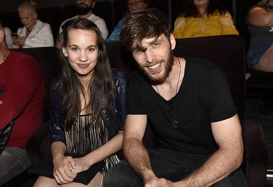 S manželem Romanem na představení jeho videoklipu Nesmrtelný.